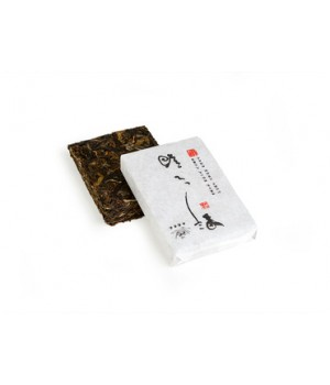 "Шен пуэр, кирпич, 100 г ""Го Вей Гу Ча"" (фаб. Сигуэй, 2012 г.)"